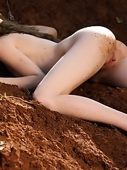 Pussy in the dirt